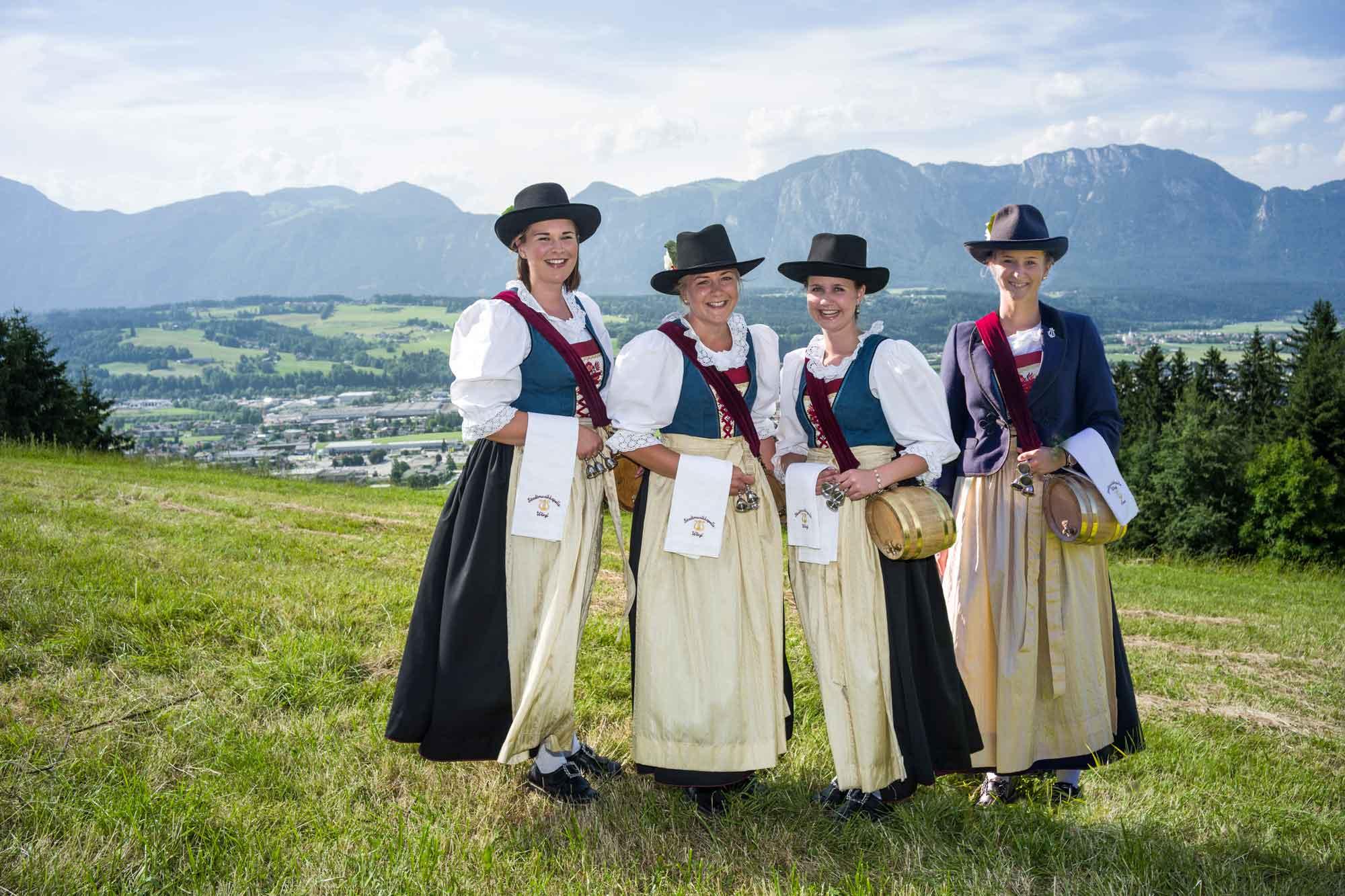 Marketenderinnen: Judith Harb, Maria Scharnagl, Alexandra Schallhart, Laura Lebeda